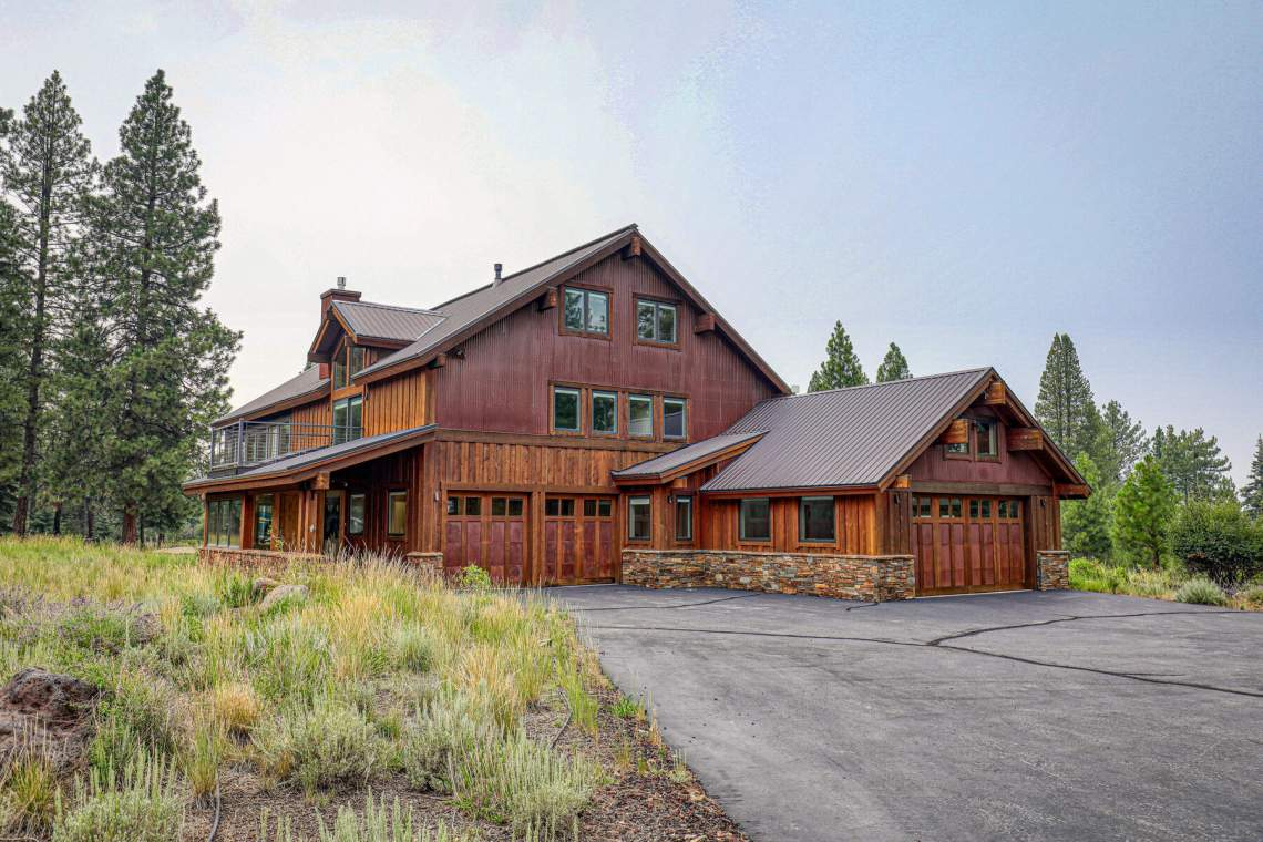 10559-The-Strand-Truckee-CA-96161-USA-001-037-Exterior-MLS_Size