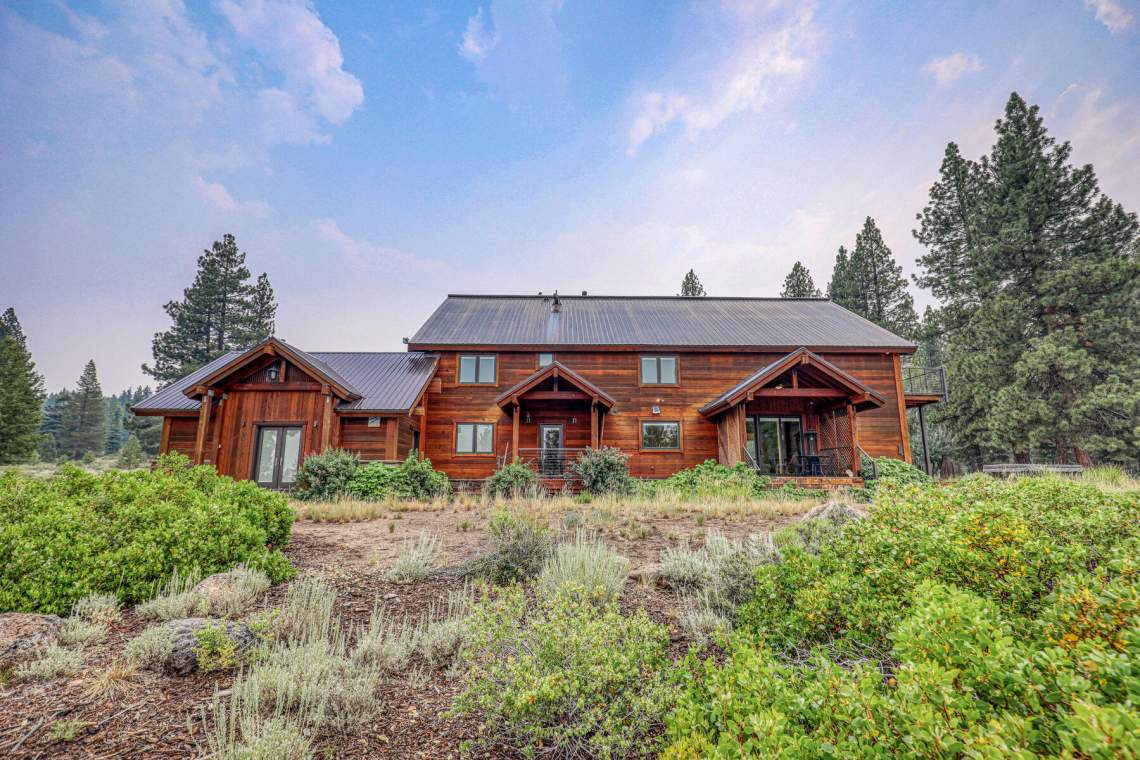 10559-The-Strand-Truckee-CA-96161-USA-005-040-Exterior-MLS_Size
