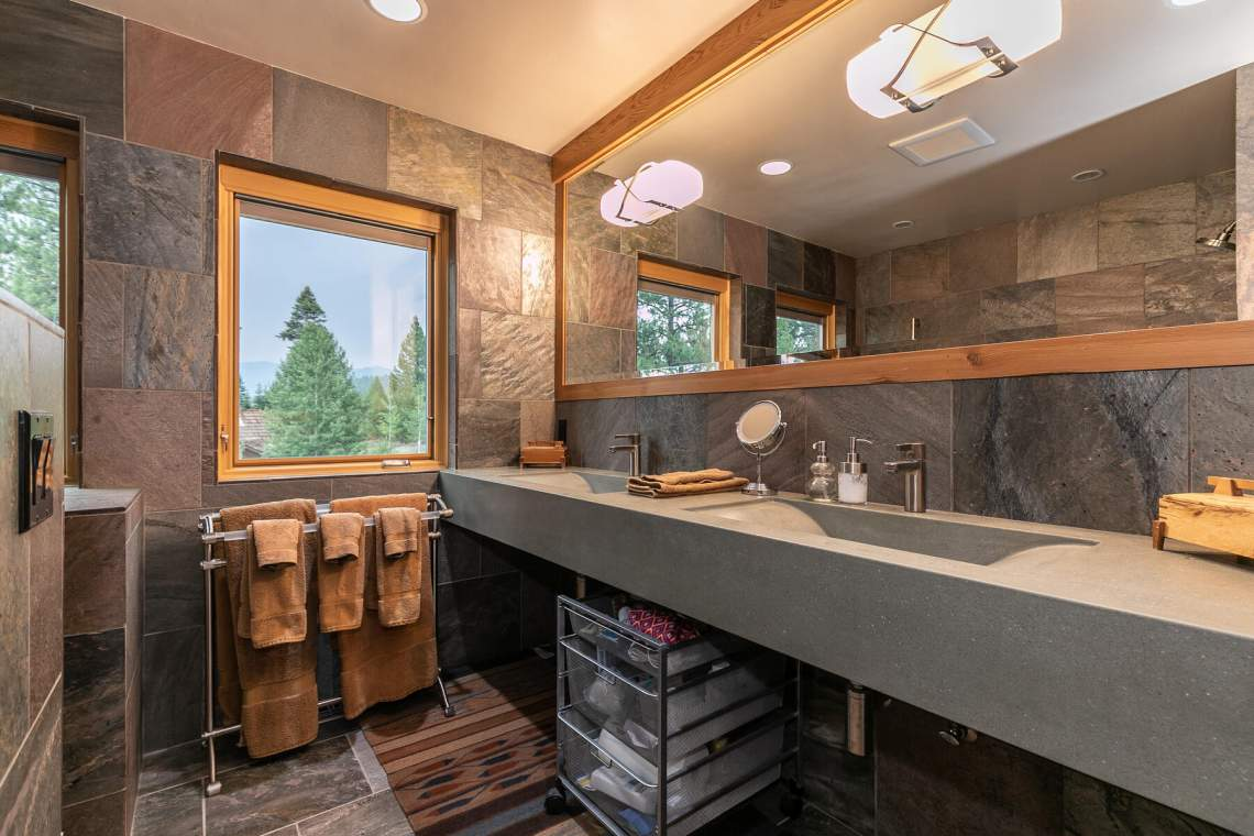 10559-The-Strand-Truckee-CA-96161-USA-024-010-Bathroom-Three-MLS_Size