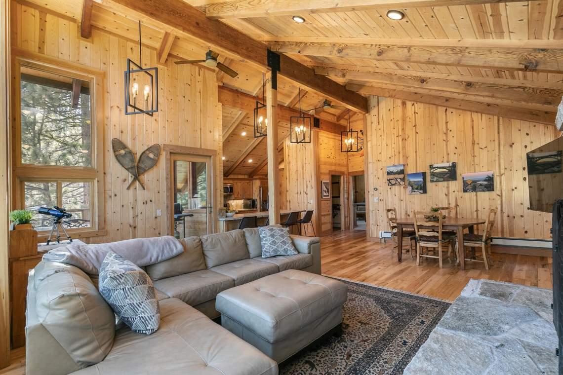 1084-Lanny-Ln-Tahoe-City-CA-96145-USA-018-029-Living-Room-MLS_Size