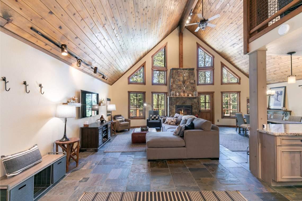 11528-Zermatt-Dr-Truckee-CA-96161-USA-034-024-Living-Room-MLS_Size