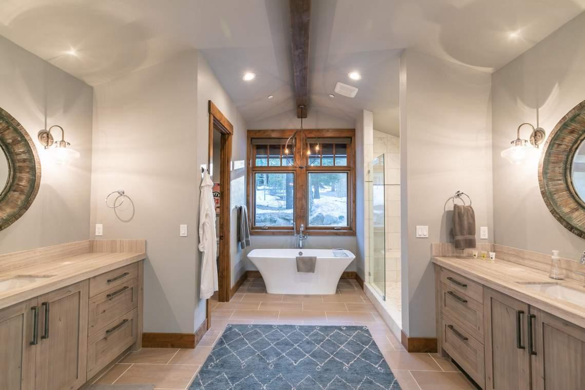 12237-Pete-Alvertson-Dr-Truckee-CA-96161-USA-018-004-Bathroom-Two-MLS_Size
