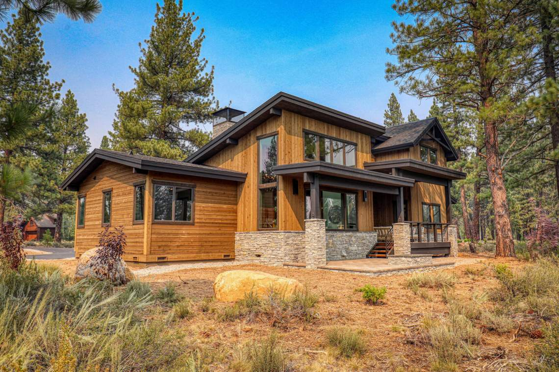 12741-Caleb-Dr-Truckee-CA-96161-USA-004-005-Exterior-MLS_Size