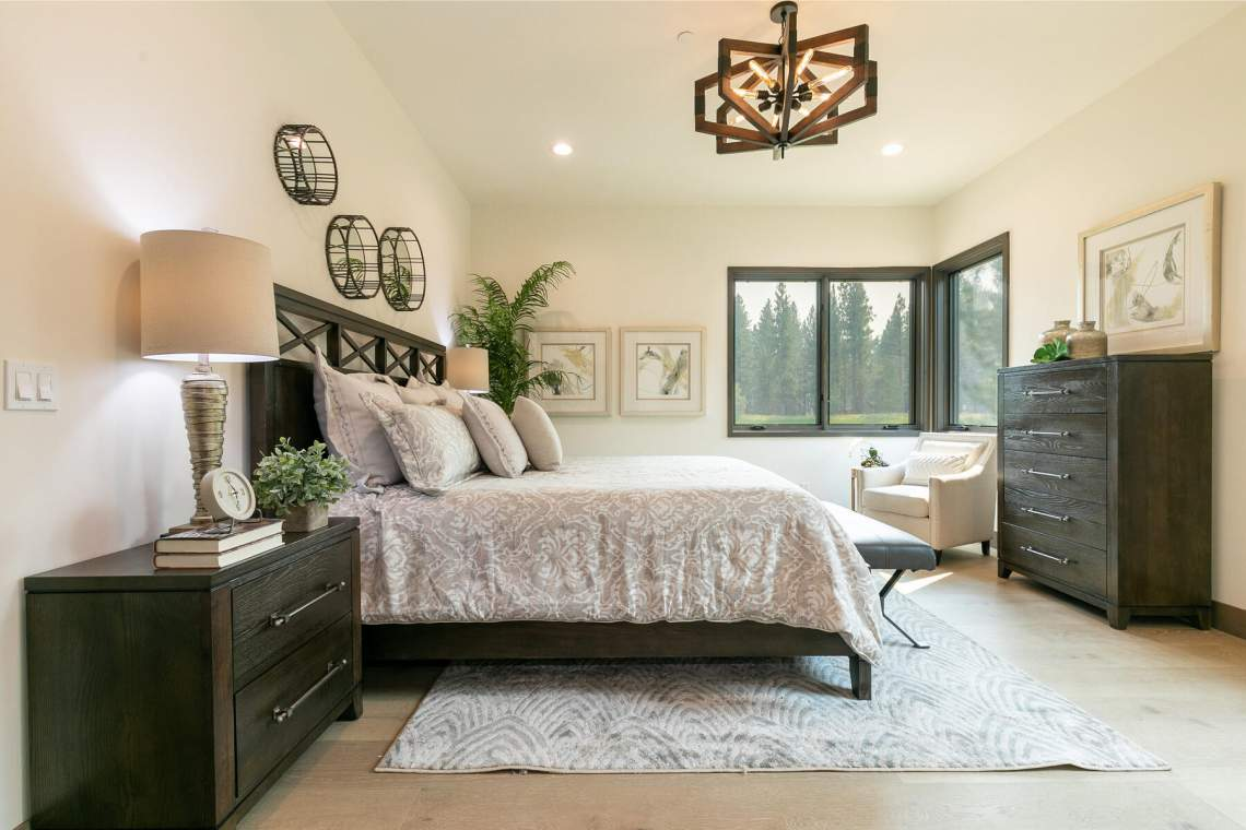 12741-Caleb-Dr-Truckee-CA-96161-USA-032-034-bedroom-Two-MLS_Size