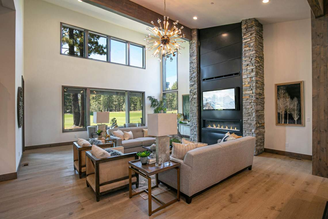 preferred_12741-Caleb-Dr-Truckee-CA-96161-USA-016-058-Living-Room-MLS_Size