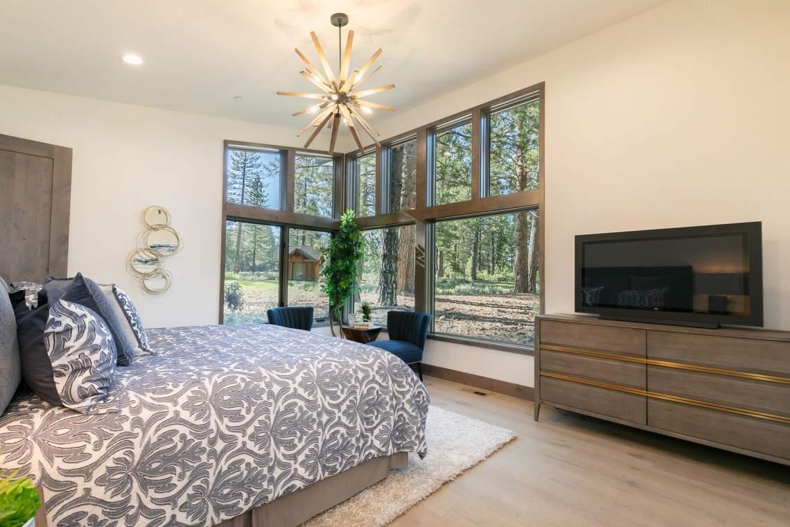 12825-Lookout-Loop-Truckee-CA-96161-USA-026-020-Bedroom-Two-MLS_Size