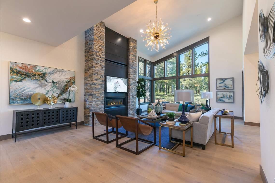 12825-Lookout-Loop-Truckee-CA-96161-USA-042-043-Living-Room-MLS_Size