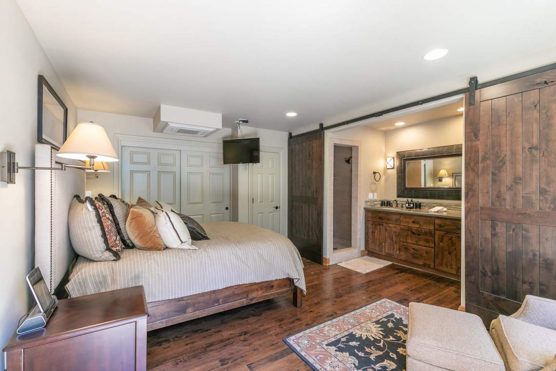 1290-Kings-Way-Tahoe-Vista-CA-96148-USA-017-017-Apartment-MLS_Size