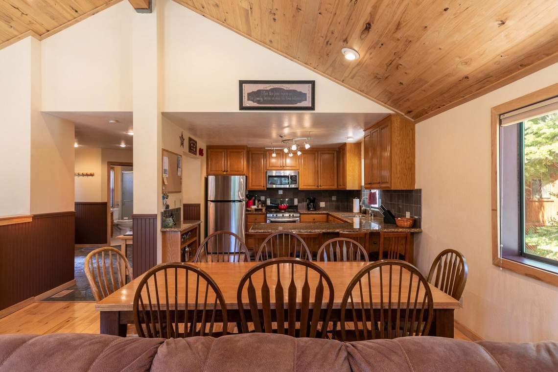 1319-Jester-Ct-Tahoe-Vista-CA-96148-USA-027-032-Dining-Room-MLS_Size