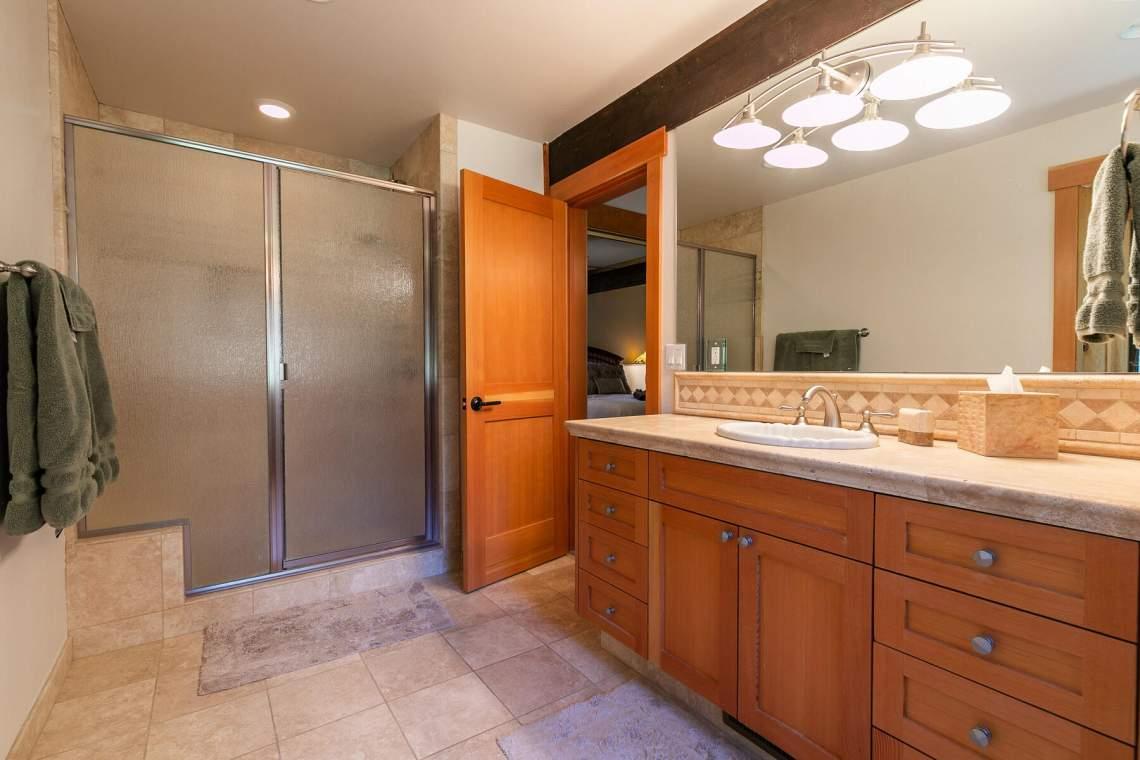 171-Edgewood-Dr-Tahoe-City-CA-96145-USA-027-002-Bathroom-One-MLS_Size
