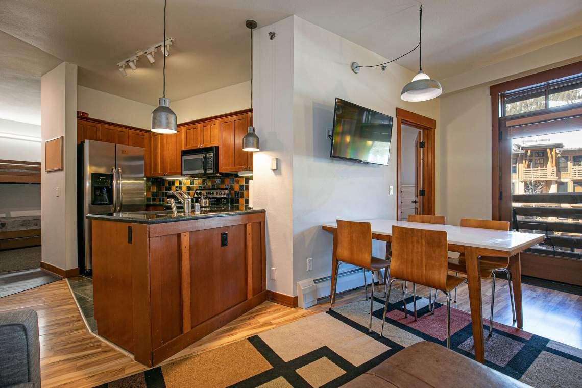 1750-Village-East-Rd-Unit-309-015-029-Kitchen-MLS_Size