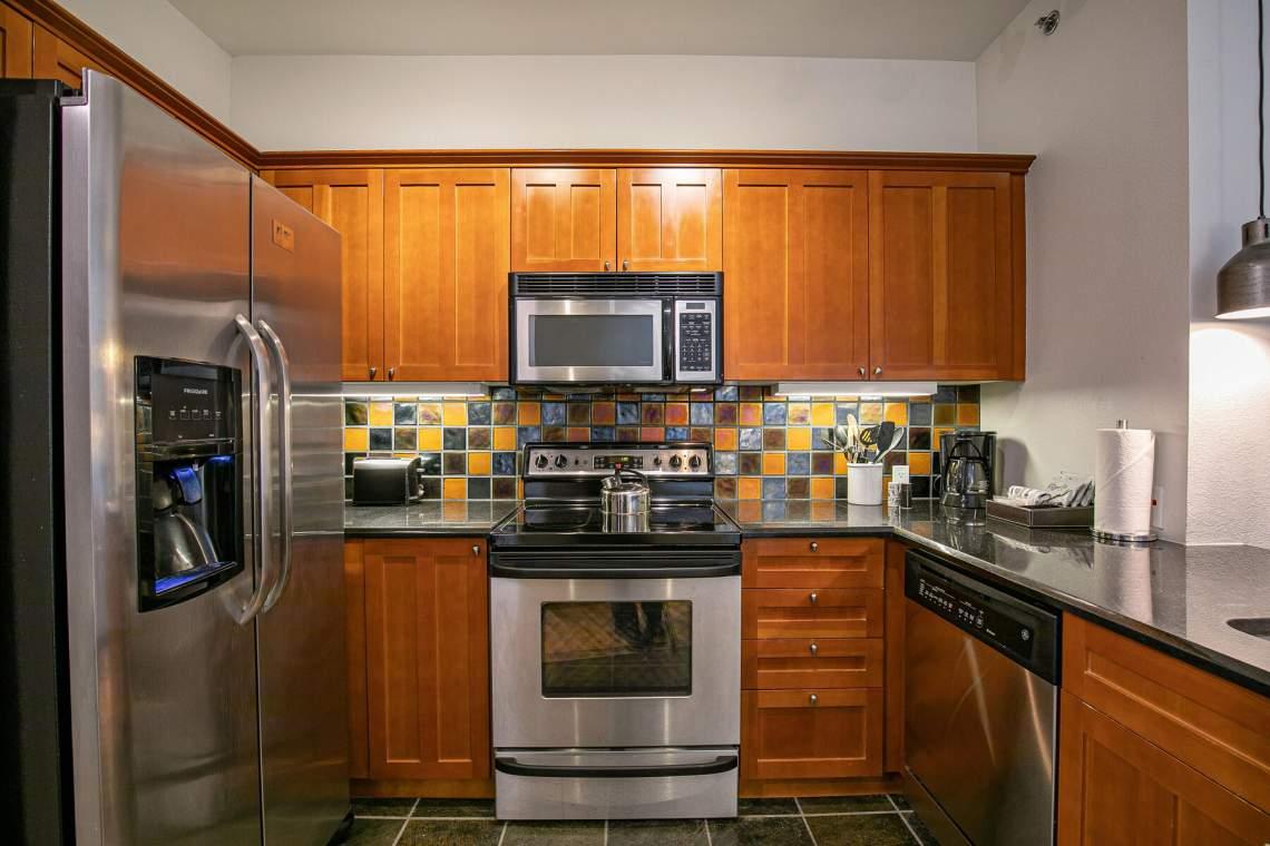 1750-Village-East-Rd-Unit-309-018-027-Kitchen-MLS_Size