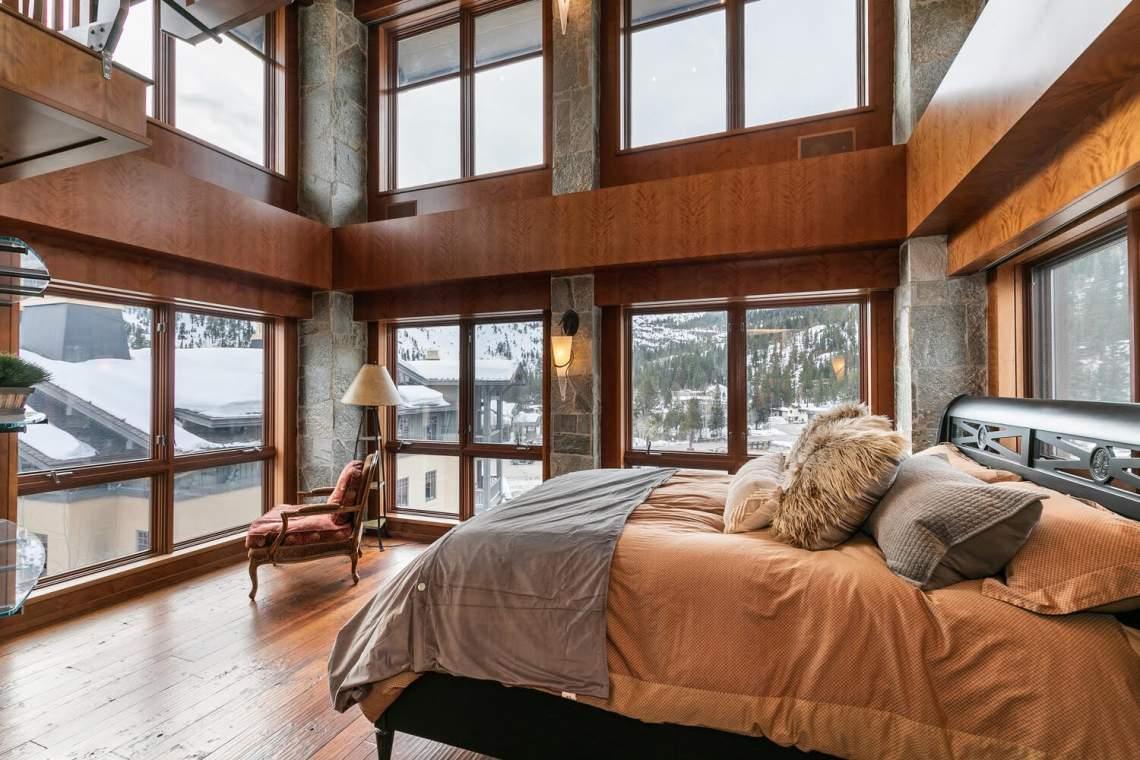 1850-Village-South-Rd-428-large-027-036-Master-Bedroom-1500x1000-72dpi