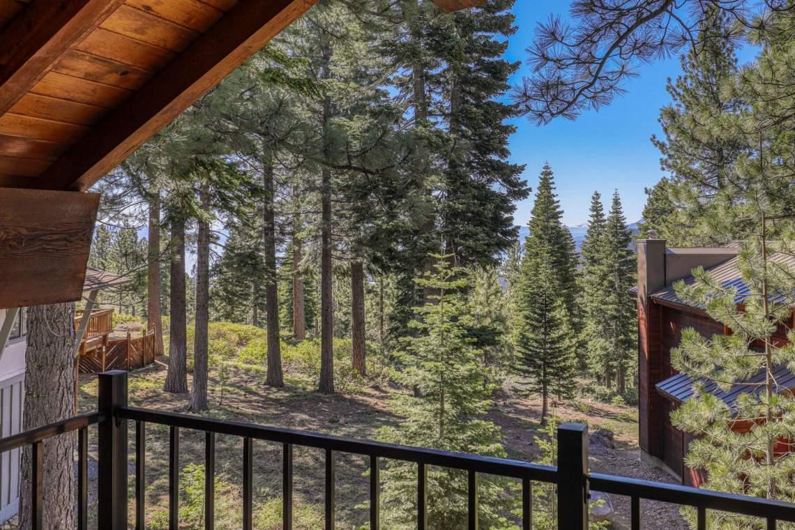 2101-Green-Glen-Ct-Tahoe-City-CA-96145-USA-012-013-Exterior-MLS_Size