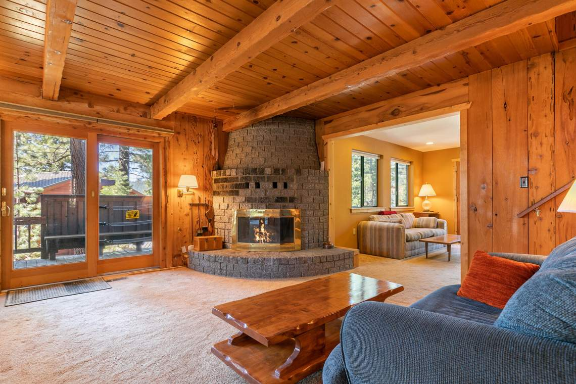 2101-Green-Glen-Ct-Tahoe-City-CA-96145-USA-040-038-Living-Room-MLS_Size