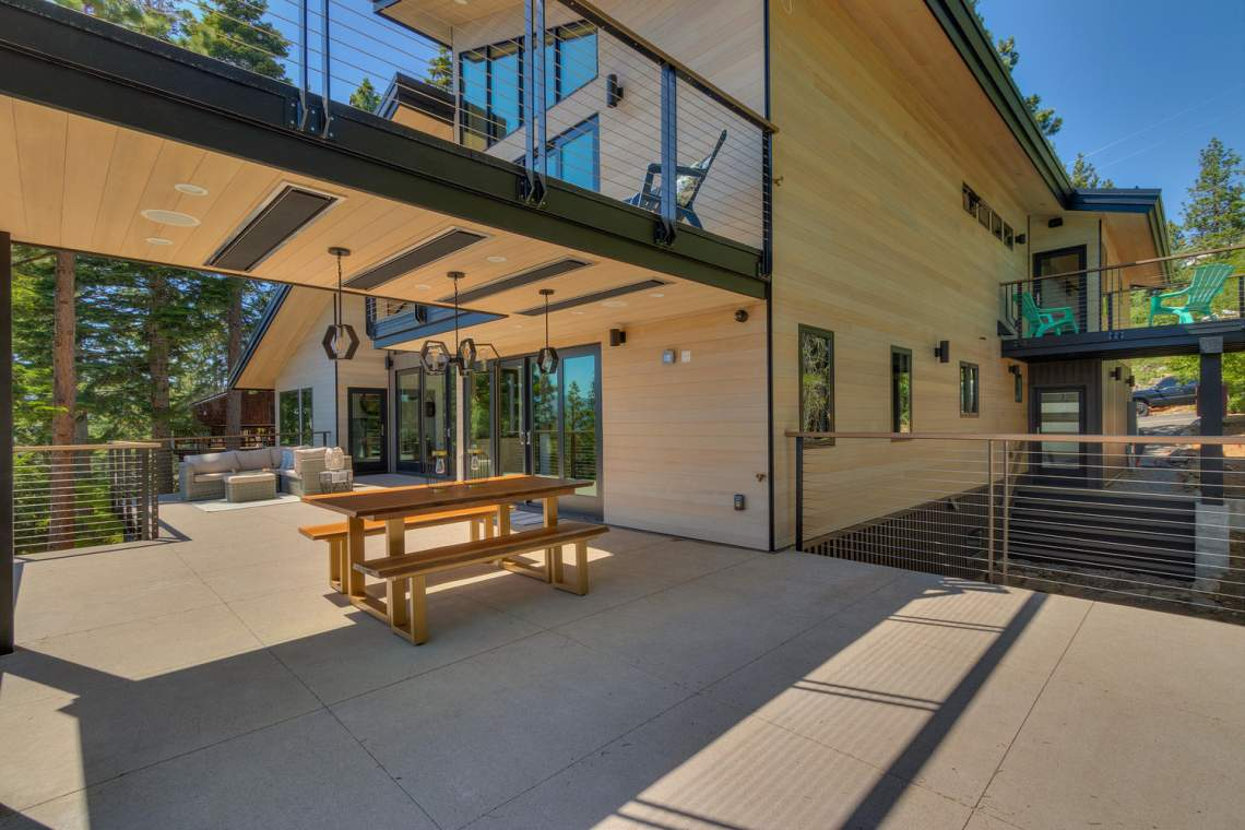 240-Briarwood-Cir-Tahoe-City-large-015-018-Main-Patio-1500x1000-72dpi