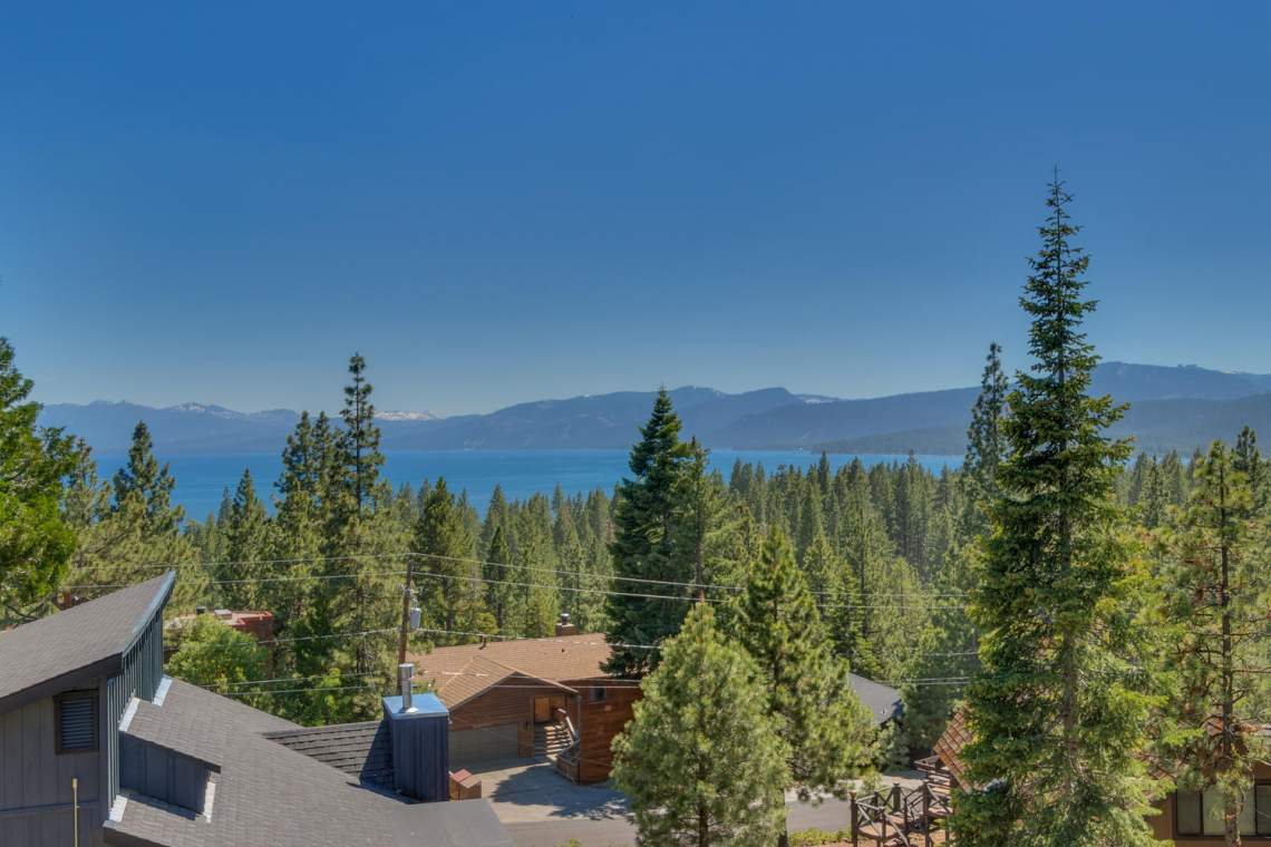 240-Briarwood-Cir-Tahoe-City-large-018-003-View-1500x1000-72dpi