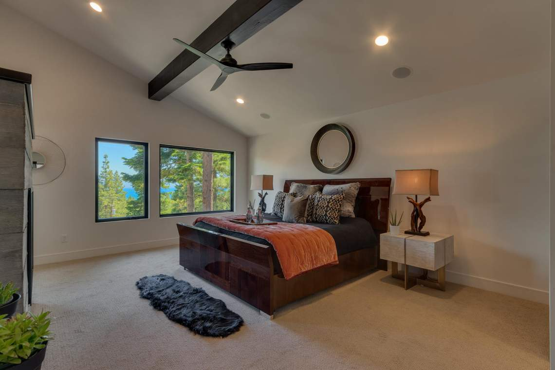 240-Briarwood-Cir-Tahoe-City-large-019-022-Bedroom-En-suite-1500x1000-72dpi