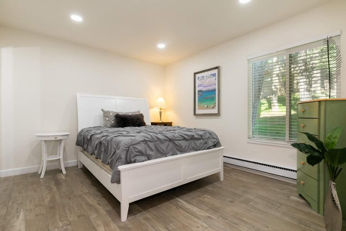 321-Ski-Way-Unit-72-Incline-Village-NV-89451-USA-016-015-Bedroom-Two-MLS_Size
