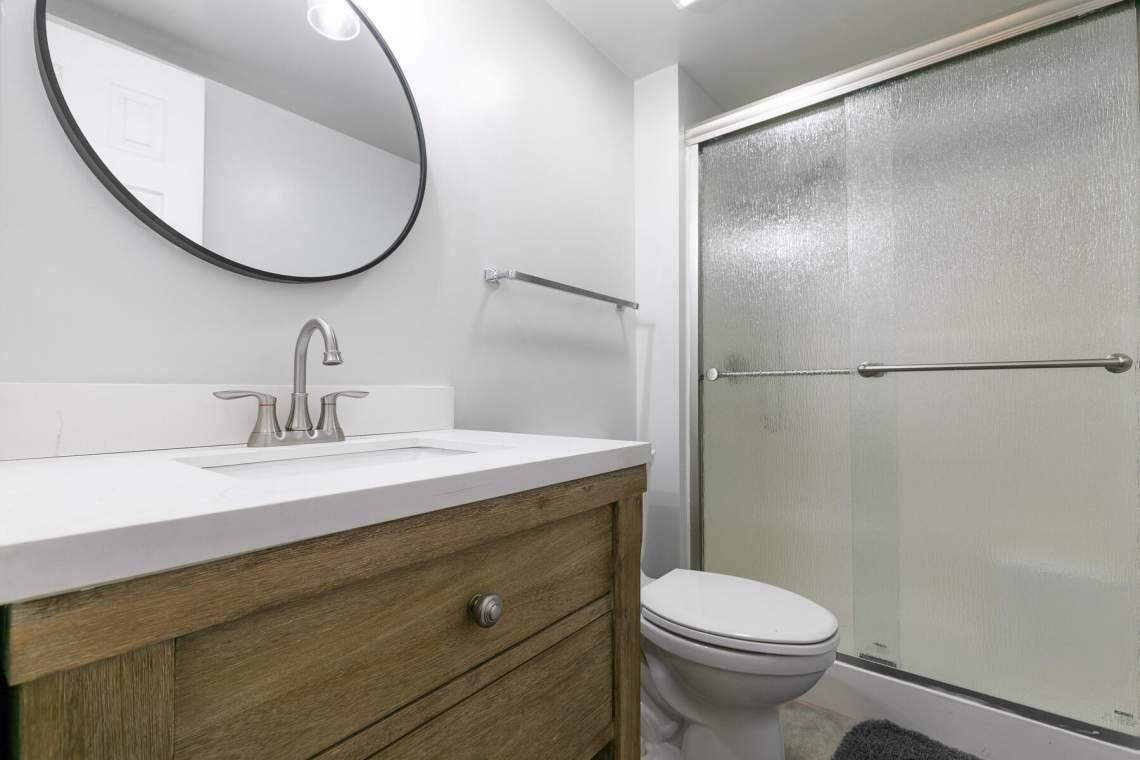 321-Ski-Way-Unit-72-Incline-Village-NV-89451-USA-017-002-Bathroom-Two-MLS_Size