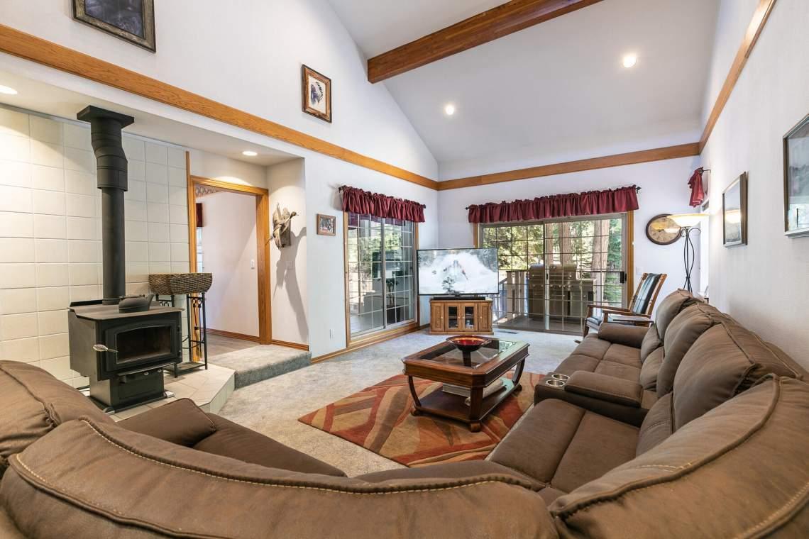 4386-Beaumont-Rd-Carnelian-Bay-CA-96140-USA-009-028-Living-Room-MLS_Size