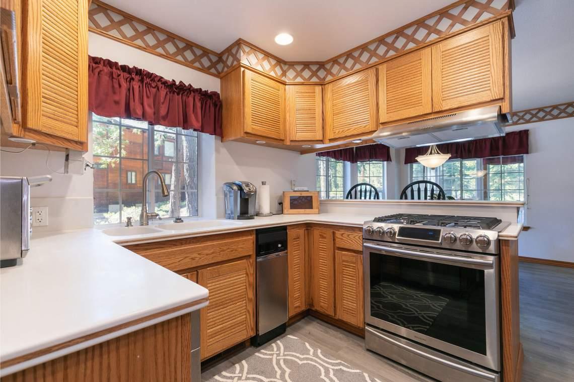 4386-Beaumont-Rd-Carnelian-Bay-CA-96140-USA-013-023-Kitchen-MLS_Size