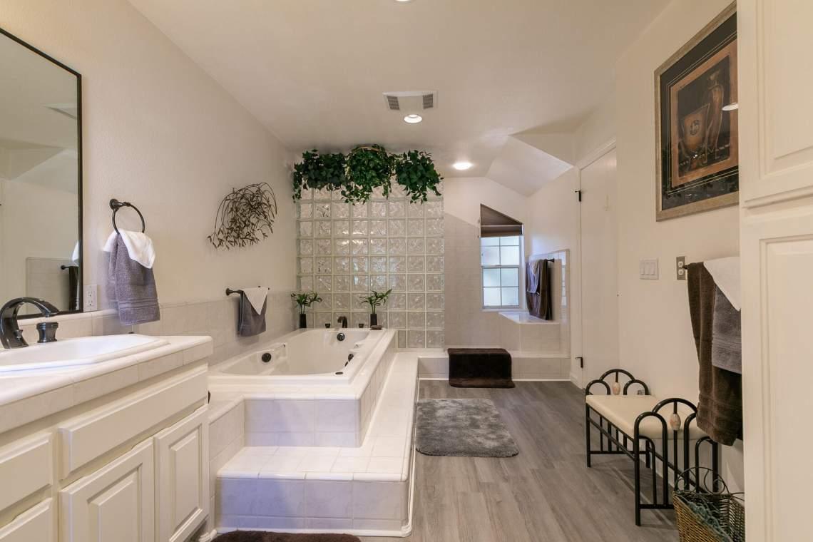 4386-Beaumont-Rd-Carnelian-Bay-CA-96140-USA-025-014-Bathroom-Two-MLS_Size
