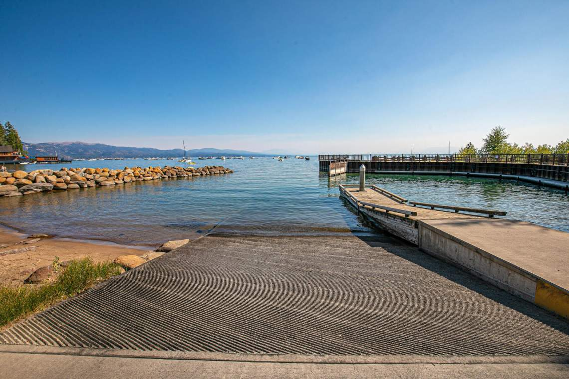 265-Beach-St-Tahoe-Vista-CA-005-005-Lake-MLS_Size