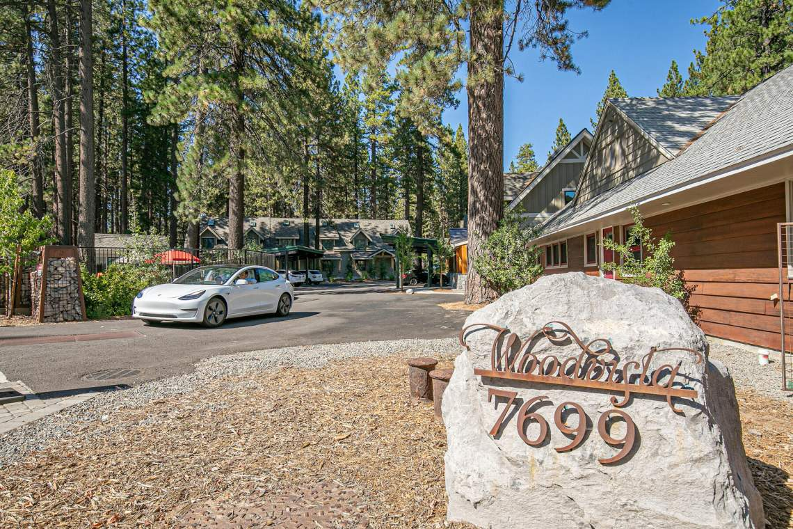 265-Beach-St-Tahoe-Vista-CA-028-027-Lake-MLS_Size
