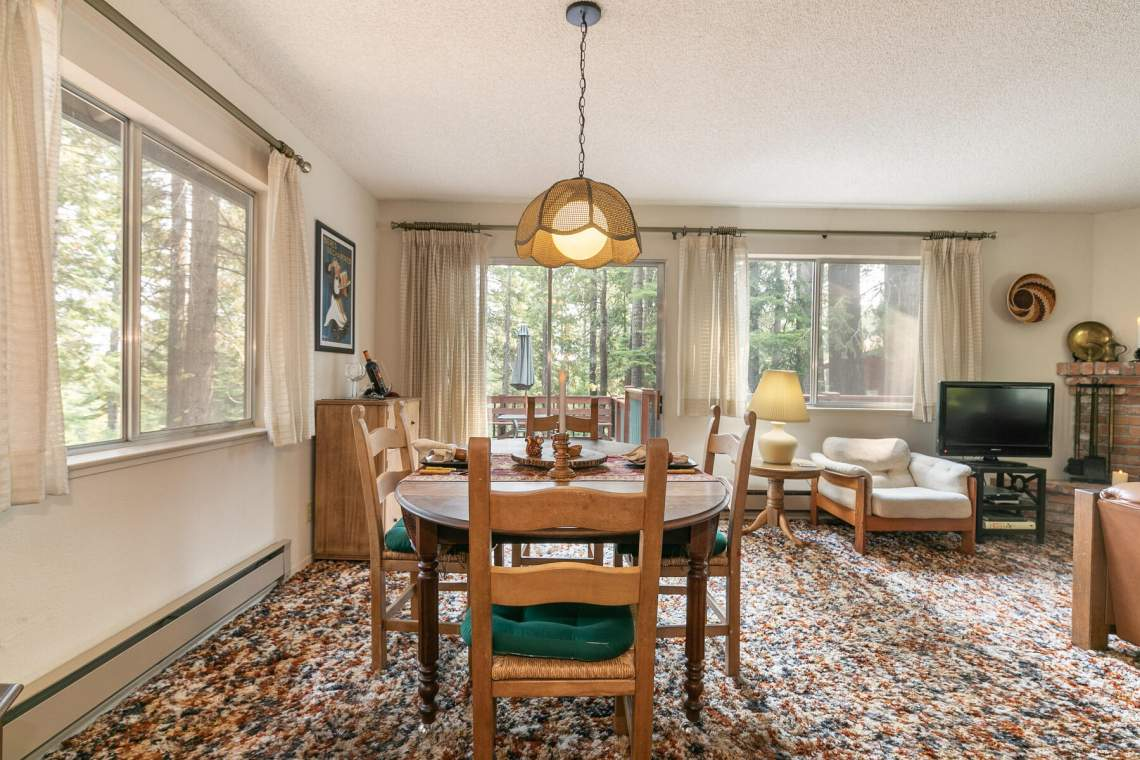 8709-King-George-Dr-Tahoma-CA-96142-USA-014-009-Dining-Room-MLS_Size