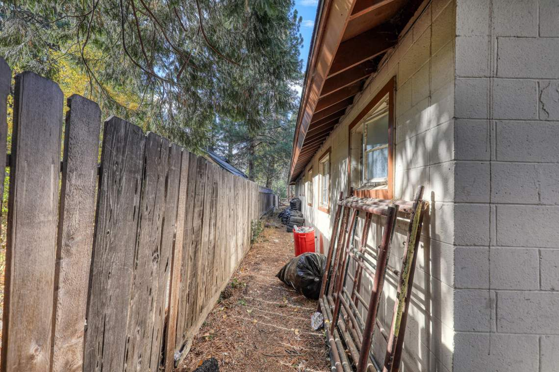 8638-Trout-Ave-Kings-Beach-CA-030-028-Exterior-MLS_Size