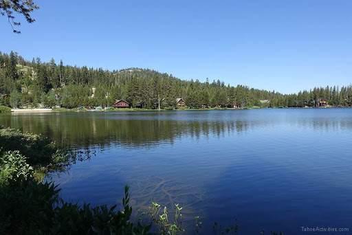 1_Serene-Lakes