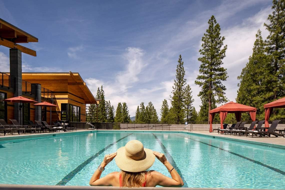 altitude-recreation-center-pool-swimming