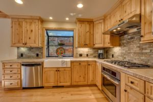 NEW LISTING – BRIGHT AND SPACIOUS TAHOE DONNER FAMILY HOME